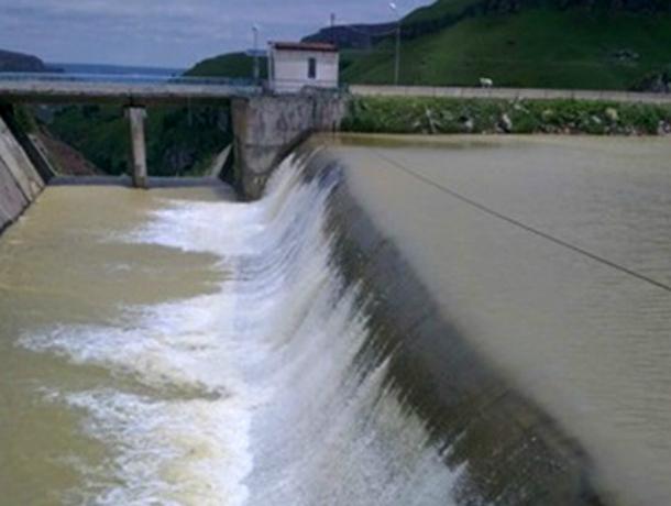 Уровень Краснодарского водохранилища превысил «безопасную» норму
