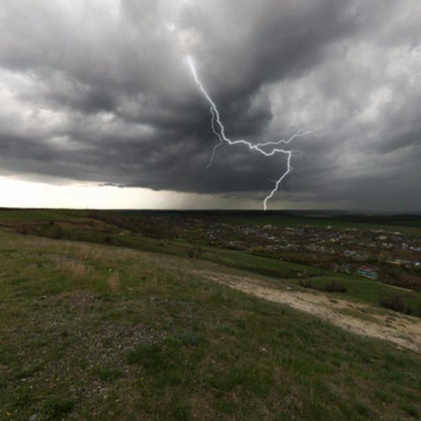 НаКубани вероятны сильные дожди игрозы