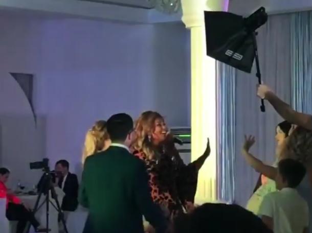 На свадьбе краснодарского хирурга спела Бейонсе