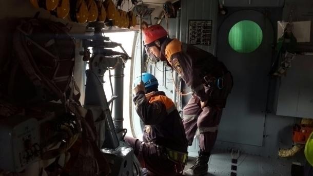 Спасены три моряка сзатонувшего вЧерном море сухогруза «Герои Арсенала»