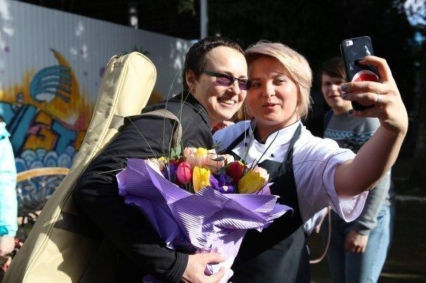 «Привет заснеженному Уралу из солнечного Сочи», - Чичерина погрелась в олимпийской столице