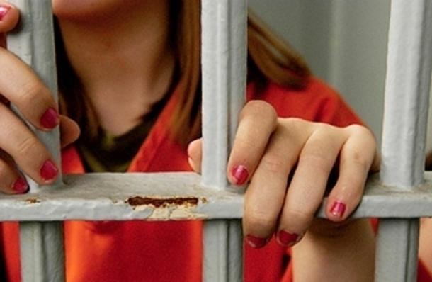 ВЕйском районе 18-летнюю девушку подозревают вубийстве измести