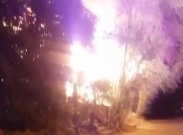 В Сочи сгорел бесхозный дом