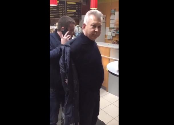 Экс-мэра Туапсе задержали с крупной суммой денег в аэропорту Краснодара