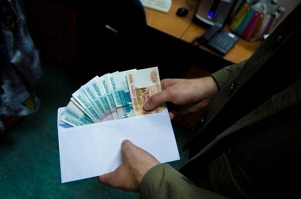 ВКраснодаре экс-полицейский оштрафован на1,5 млн руб. завзятку
