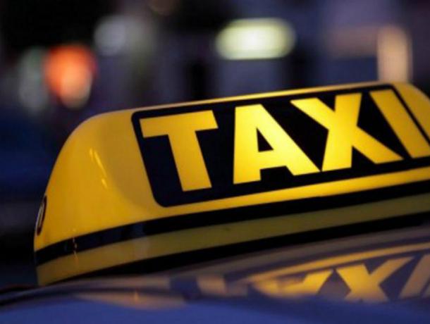 Труп таксиста всгоревшей машине отыскали наКубани