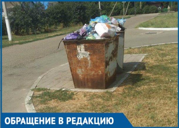 Сироты из Гулькевичского района пожаловались на то, что их дом бросили дворники