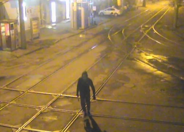 В Краснодаре задержали укравшего уличную видеокамеру мужчину