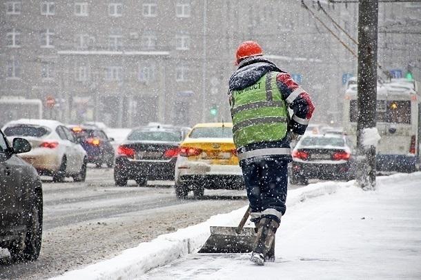 Губернатор Краснодарского края раскритиковал уборщиков снега