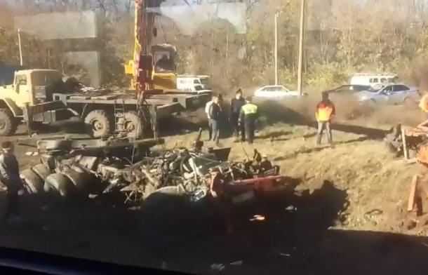 Число пострадавших в результате столкновения поезда и КамАЗа на Кубани возросло