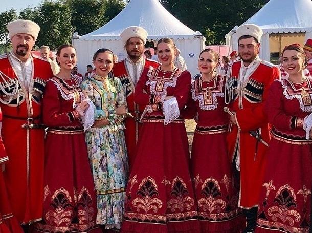 Кубанский казачий хор выступил на открытии храма под Брянском