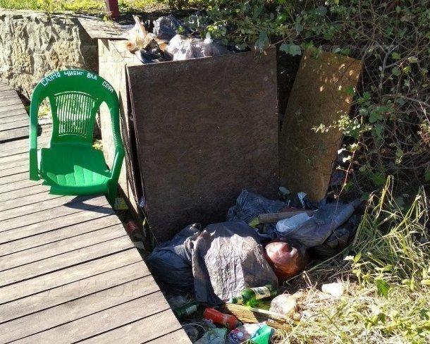 Неизвестные загрязнили реку Анапку в Анапе