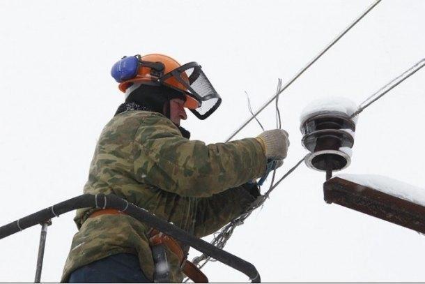 В Краснодарском крае 22 тысячи человек остались без света из-за снегопада
