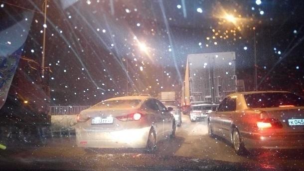 На дорогах Кубани возможны заторы и временные ограничения движения