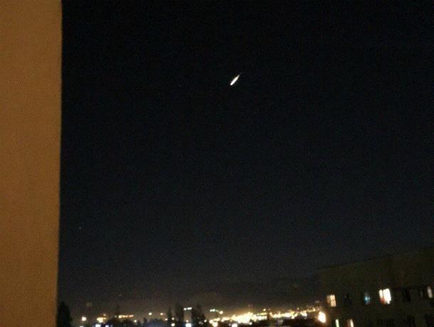 Астроном: внебе над Кубанью мог сгореть спутник