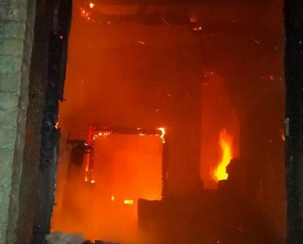 При пожаре в Сочи пострадал один человек