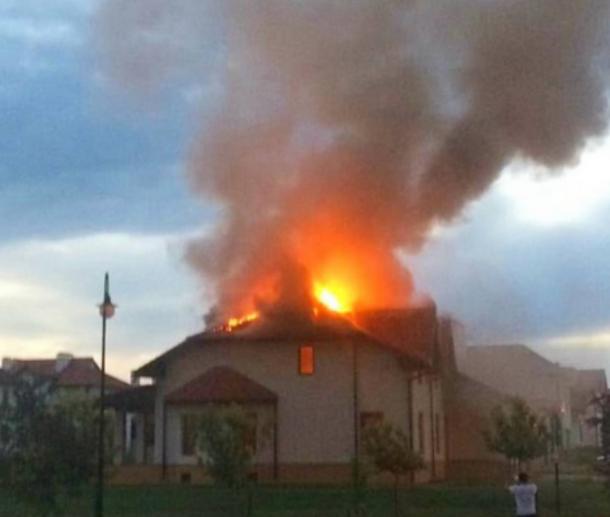 В краснодарской «Немецкой деревне» сгорел особняк
