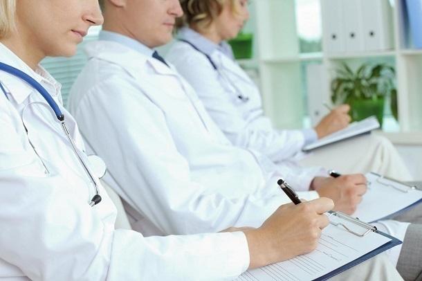 Краснодарских врачей научат лечить больных редким генетическим заболеванием