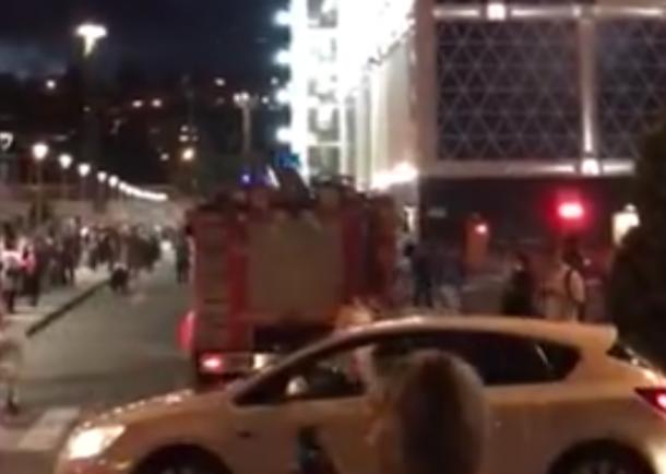 Гостей торгово-развлекательного центра эвакуировали вСочи