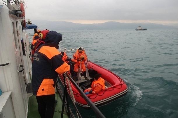 Пассажиры рухнувшего у Сочи Ту-154 были в спасжилетах