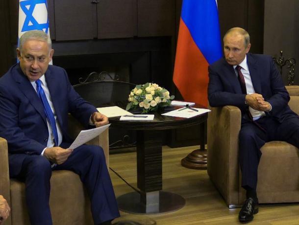 Премьер Израиля на встрече с Путиным в Сочи обсудил реконструкцию мемориала «Собибор»