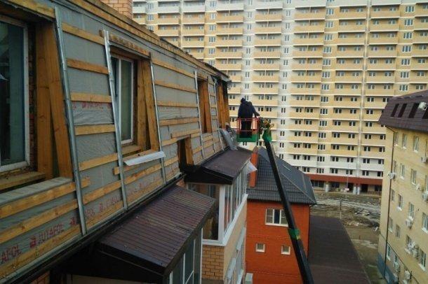 В горевшем доме на Прокофьева, 3 перед дождем сделали гидроизоляцию верхнего этажа