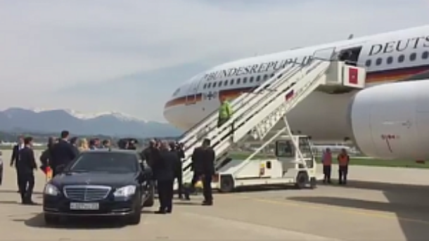 Губернатор Кубани Кондратьев встретил у трапа самолета Ангелу Меркель