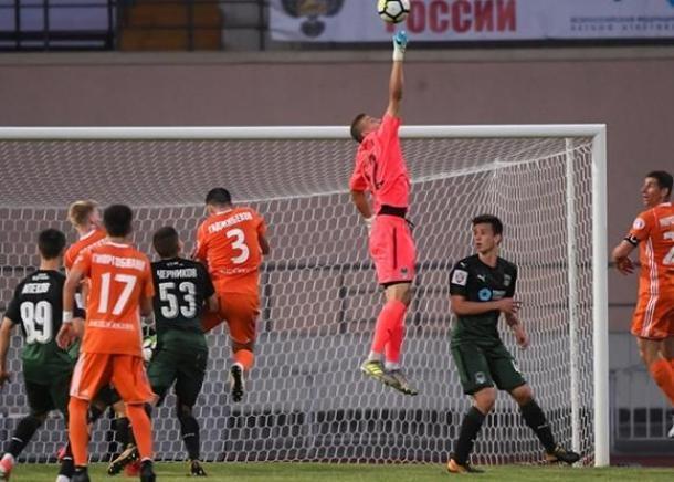 Футболисты «Армавира» разгромили «Краснодар-2» и вышли в ФНЛ