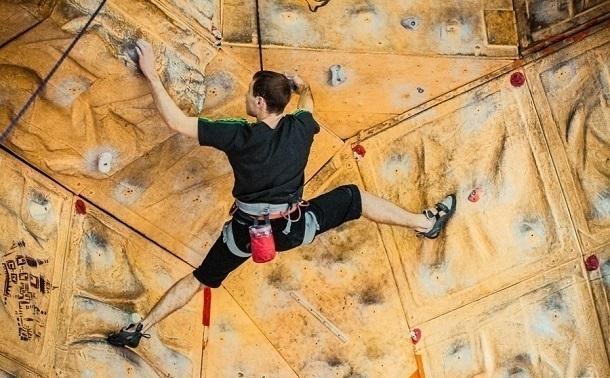 Впарке «Патриот» представят комплекс скалодромов для военных альпинистов