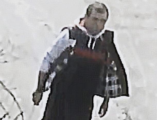 В Армавире ищут мужчину с ножом, который чуть не украл девочку