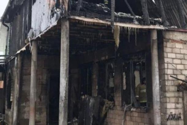 В пожаре в Краснодаре погибли отец с двумя детьми