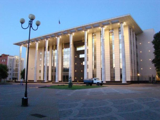 День Конституции не дал понять кто и как будет охранять суды Краснодарского края