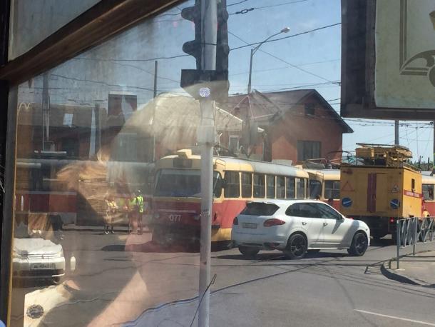 Два трамвая столкнулись в Краснодаре