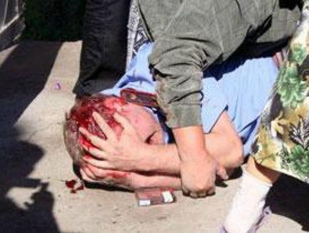 Шестеро надвоих: вКропоткине хулиганы избили полицейских