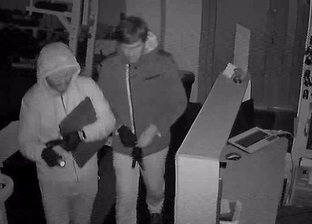 Пронырливые воры в Краснодаре попали под прицел камер