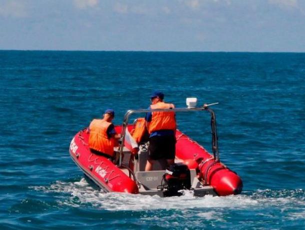 В акватории Сочи спасатели ищут мужчину, которого унесло в море