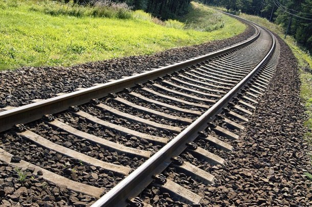 Отец и сын погибли под колесами поезда на Кубани