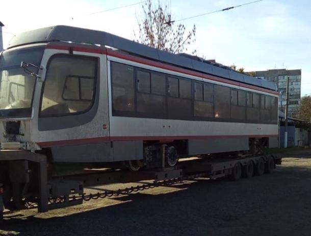 В Краснодар доставили 24 новый трамвай