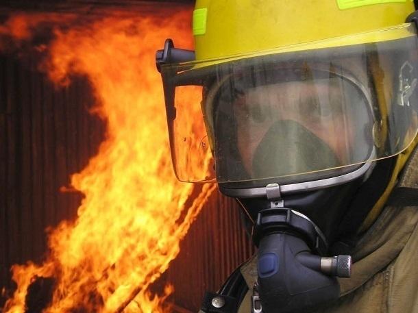 Дома в центре Краснодара тушили 50 человек и 15 единиц техники