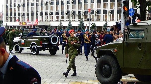 По Театральной площади в Краснодаре 9 Мая пройдут маршем 2,5 тысячи человек