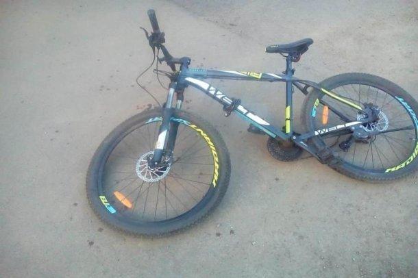 15-летний краснодарский велосипедист попал под колеса иномарки