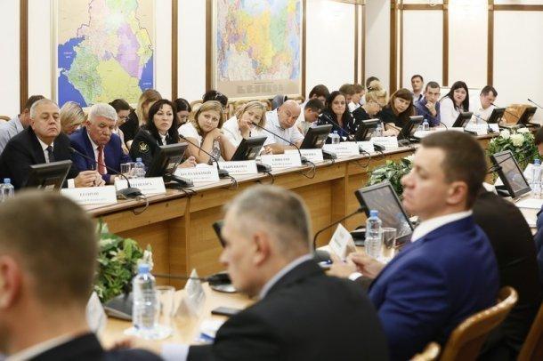 Обманутых дольщиков пригласили на встречу с руководством Кубани
