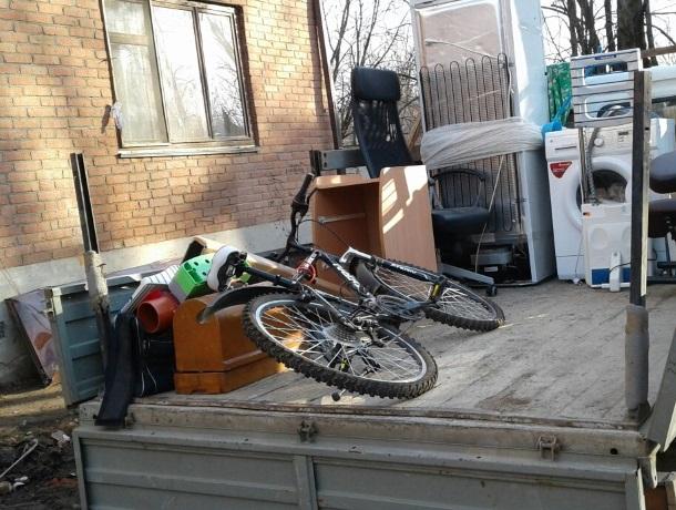 Жильцам взорванного дома помогает весь Краснодарский край
