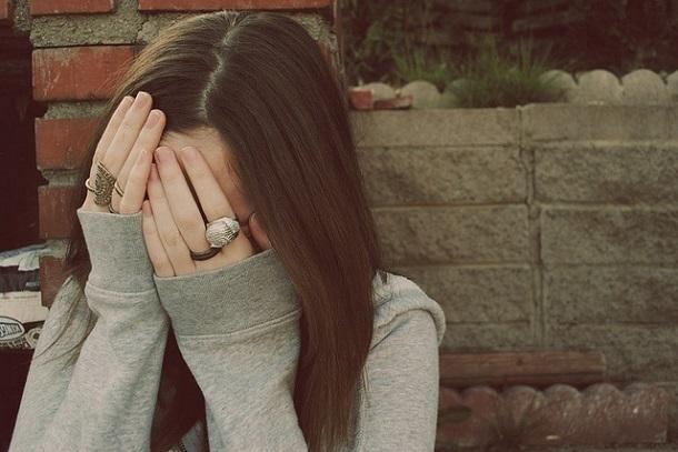 17-летний ребенок имужчина изнасиловали 17-летнюю девушку вСочи