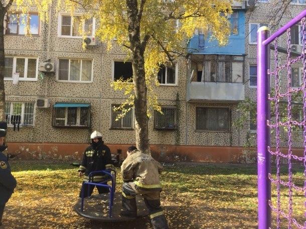 Из горящей квартиры в Краснодаре спасли троих человек