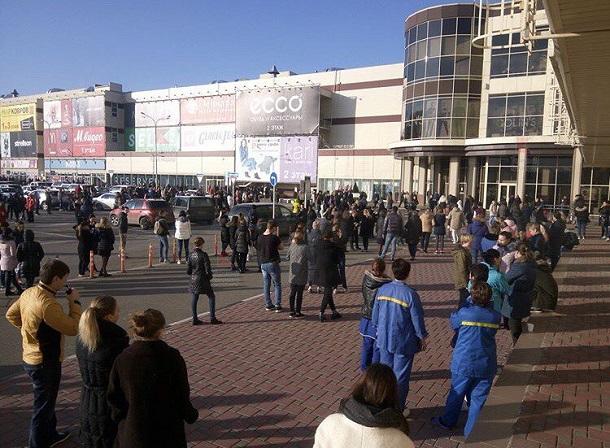 В Краснодаре эвакуировали посетителей «Красной площади»