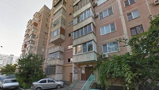 На улице Думенко в Краснодаре меняют лифты