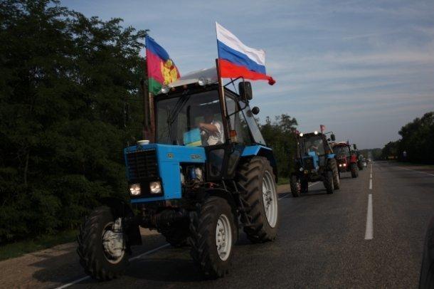 Организатор тракторного марша: Хотим, чтобы Путин разобрался в беспределе, который творится в Краснодарском крае