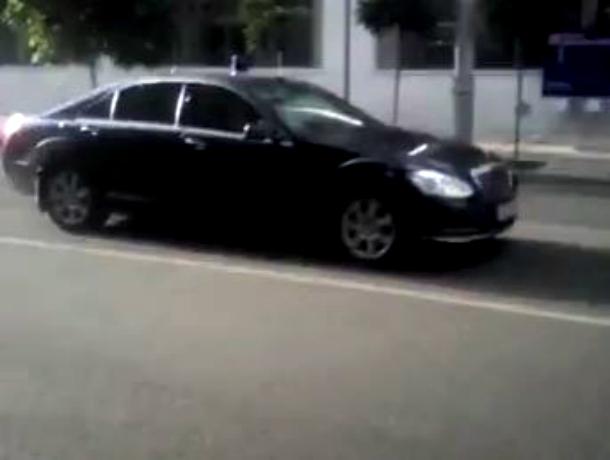 Для проезда «важных гостей» очистили от автомобилистов улицу Красную в Краснодаре