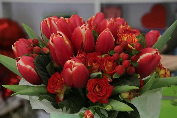 Владельцы цветочных магазинов Краснодара не стали наживаться на празднике